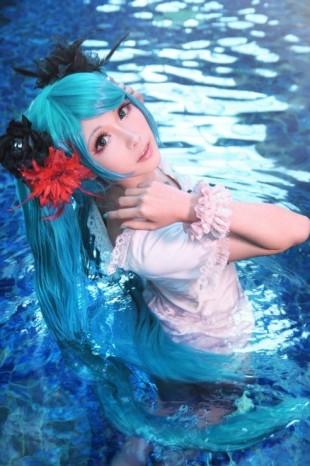 Mon-Miku-Vocaloid